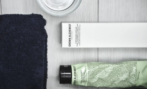 Game Changer | The Super-Smooth <br /> Exfoliating Scrub