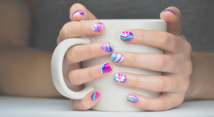 Nail It Water Marble Manicure