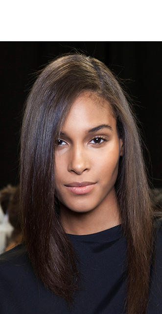 party-proof-hair-anteprima-sleek-straight-1