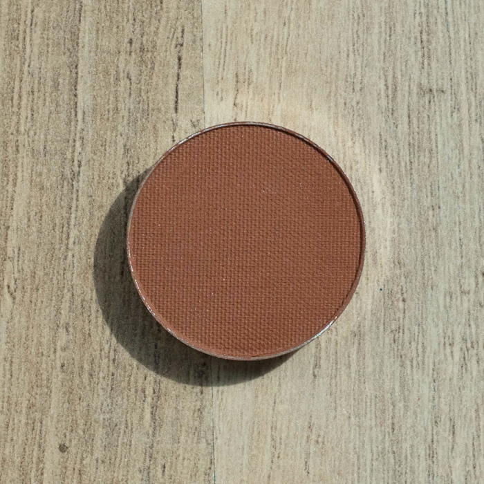 makeupgeek eyeshadow pan cocoabear