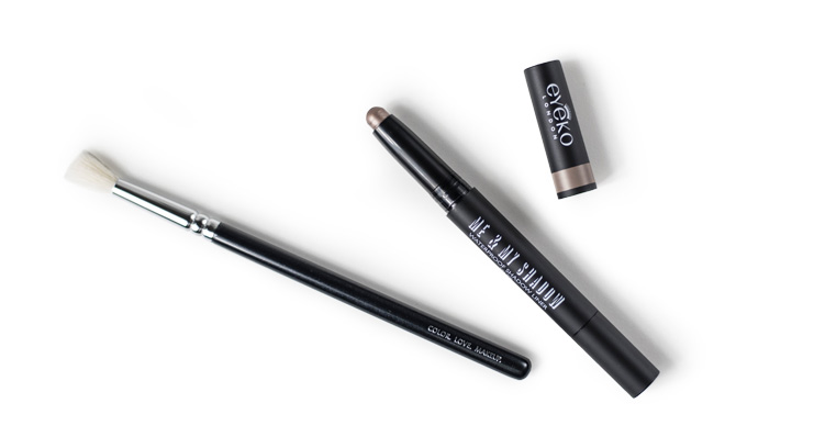 Eyeko me and My Shadow & Zoeva luxe soft crease brush