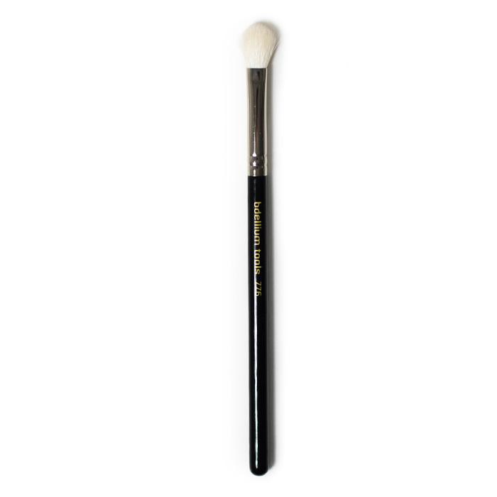 bdellium fluffy crease brush