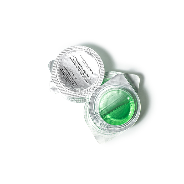 peter thomas roth cucumber de tox eye cubes