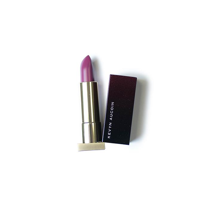 kevyn- aucoin lipstick poison berry