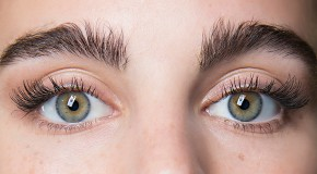 How To Grow Your Eyelashes And Eyebrows