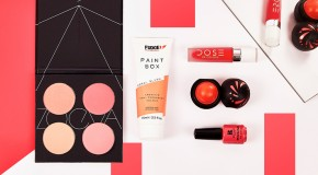 How To Channel Living Coral, Pantone's Colour Of The Year 2019