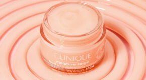 8 Reasons Why You Need The New Clinique Moisture Surge™ Hydrator