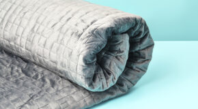 6 Benefits of Using A Weighted Blanket